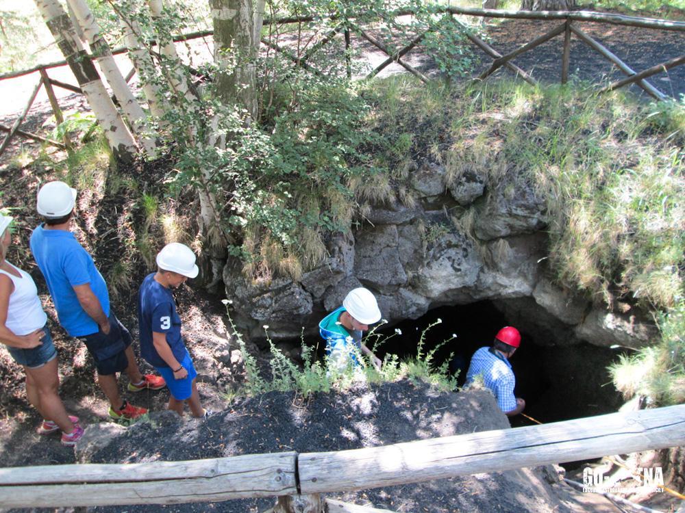 Etna Cave excursion
