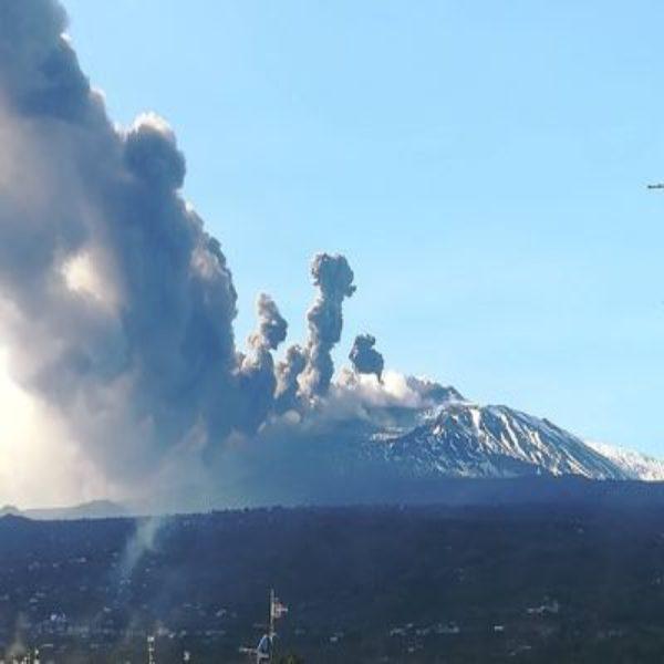 eruzione laterale etna02