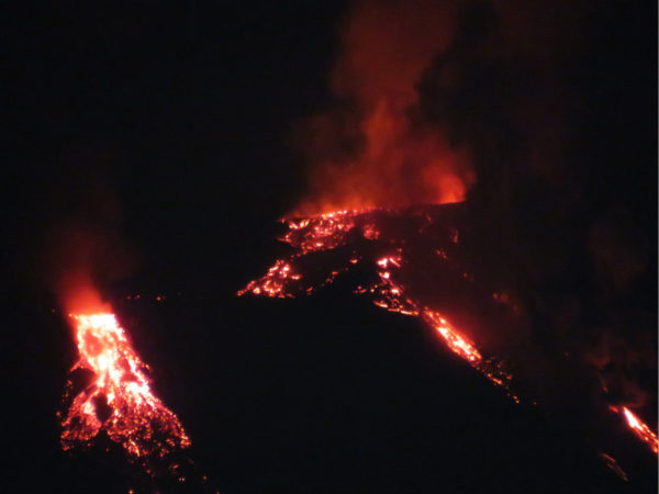 etna photo eruptions 2