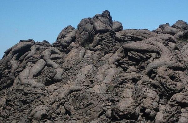 etna lava 3